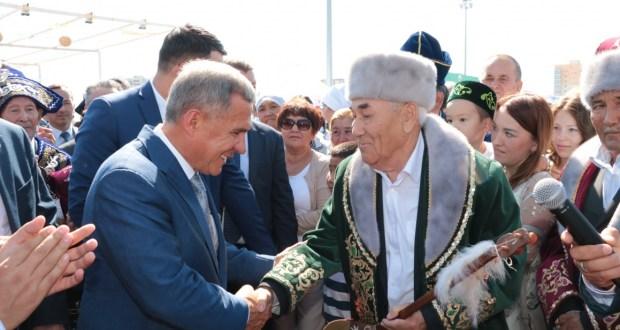 ФОТОРЕПОРТАЖ: «Казахстандагы мизгелләр» Рәфхат Халелов фотоларында
