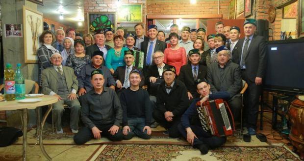 Татары Москвы провели вечер памяти оператора Махмут Рафикова, который первым снимал Гагарина