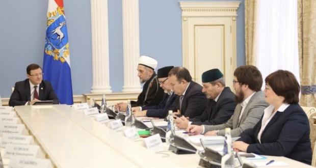 Губернатор Дмитрий Азаров провел рабочую встречу с Муфтием Самарской области