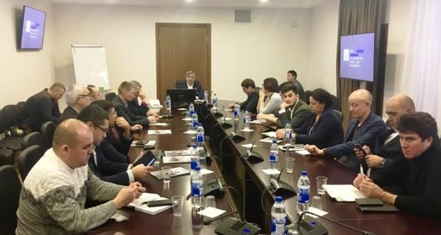 Татар журналистлары милләтнең үсеш стратегиясе эскизына үз тәкъдимнәрен җиткерде
