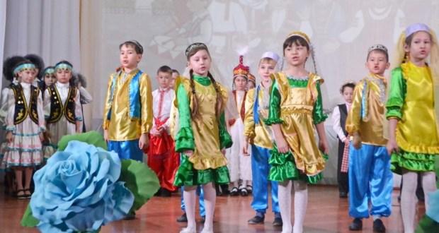 В Курганской области состоялся концерт национальных творческих коллективов и самодеятельных артистов