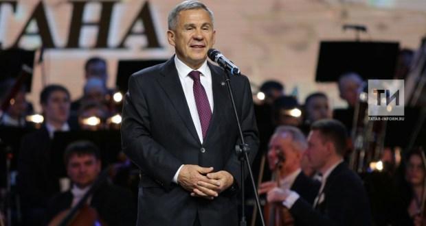 Рөстәм Миңнеханов Габдулла Тукай исемендәге Дәүләт премиясе лауреатларын котлады
