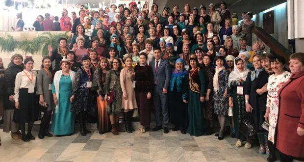Представители Курганской области в Казани: Спустя более века  Всемирный конгресс татар созвал II съезд татарских женщин