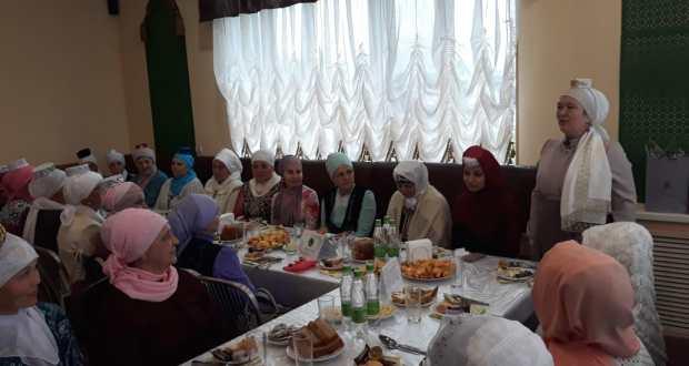 Сабада хатын-кызлар ифтар ашына җыелды