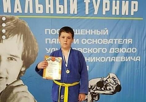 Солтан Ибраев — беренче урында