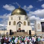Рөстәм Миңнеханов: Изге Болгар җире Россия күләмендә ислам өчен эшләргә тиеш