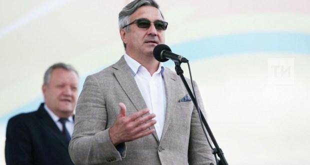 Васил Шәйхразиев федераль Сабан туе турында: Татар халкы милләтләрне берләштерә