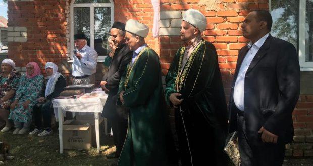 Кама Тамагы районы Балтач авылында указлы муллаларга мемориаль такта куелды