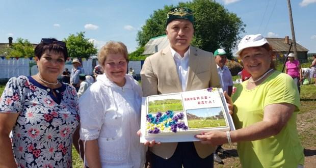 Зирекле-Елга авылы җыены в Азнакаевском районе