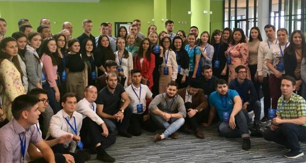 В Университете Иннополиса руководители татарских молодежных организаций презентовали свои проекты