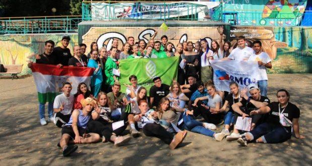 Участники слета «Я гражданин России» в Краснодарском крае познакомились с традициями татарского народа