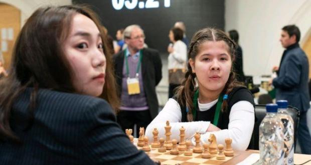 Татар кызы Лея Гарифуллина шахмат буенча дөнья чемпионатында җиңде