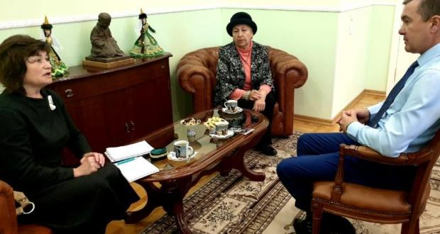 Ренат Валиуллин встретился с активистками общественного движения «Ак Калфак»