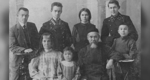 """В Выставочном зале """"Манеж"""" открывается выставка «Уроки Ризаэтдина Фахретдинова»"""