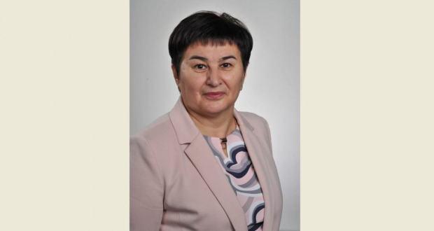 Удмуртиянең татар мохтарияте рәисе Рәмзия Габбасованы юбилее белән тәбрик итәбез