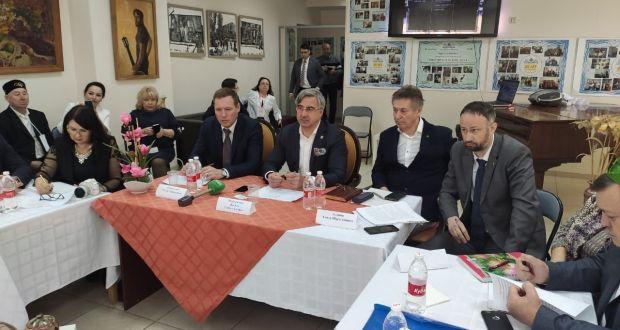 Милли Шура рәисе Краснодар шәһәрендә Көньяк һәм Төньяк-Кавказ федераль округындагы татар оешмалары активы белән очрашты