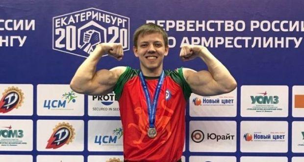 Зәй егете кул көрәше буенча Россия беренчелегендә призлы урын алган