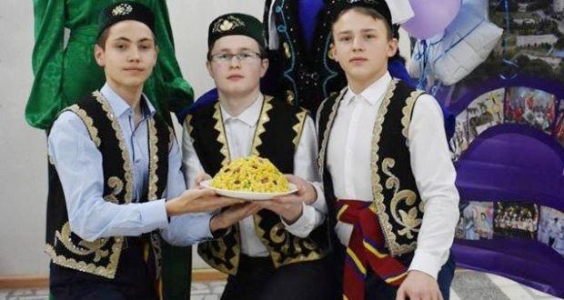 Айдар Фәсхетдинов — чын лидер