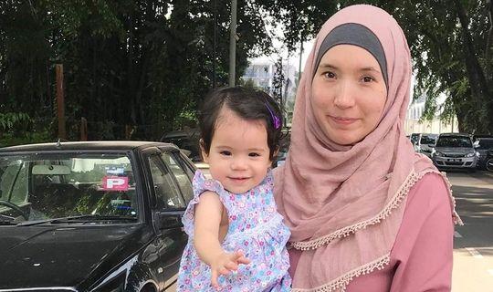 Малайзиядә яшәүче Регина Гомәрова: «Без гаиләдә дүрт телдә сөйләшәбез»