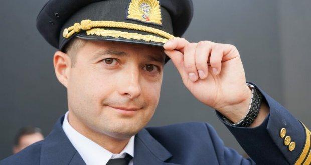 Пилот Дамир Юсупов продолжает летать