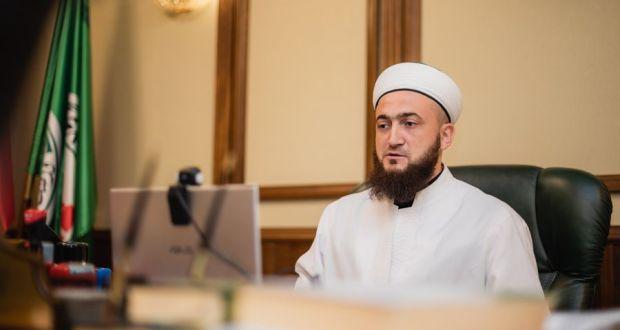 ДУМы против COVID-19: Камиль хазрат на онлайн-конференции призвал муфтиев России и СНГ искать новые методы работы