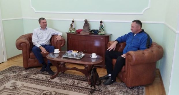 "Renat Valiullin met with the founder of the Tatar national-cultural house ""Luch"" Gabdulbar Alimov"