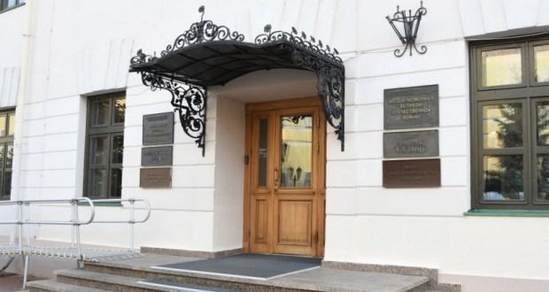 Выставка картин Азата Галимова «Между Западом и Востоком» откроется в центре «Эрмитаж-Казань»