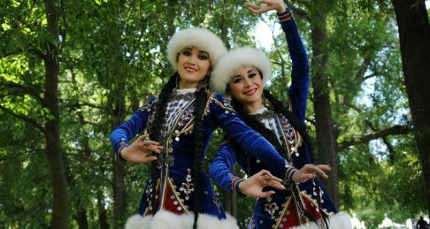 И дольше века продлится дружба. Москва и Татарстан развивают культурные и деловые связи