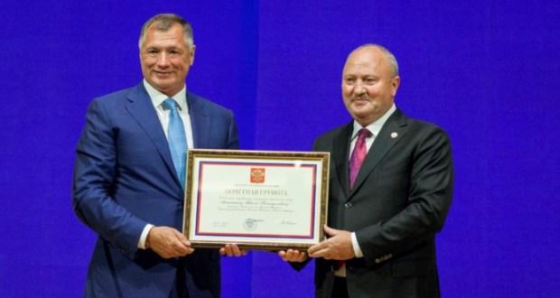 Равиль Ахметшин поощрен Почетной грамотой Владимира Путина