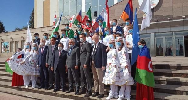 Альметьевск принял эстафету флага 100-летия ТАССР