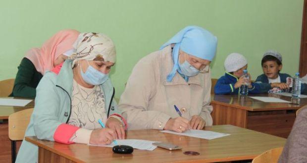 Нурлатцы приняли участие в акции «Татарча диктант»