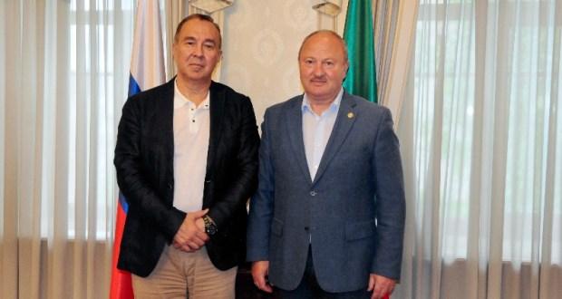 Равиль Ахметшин встретился с профессором Айдаром Ишмухаметовым