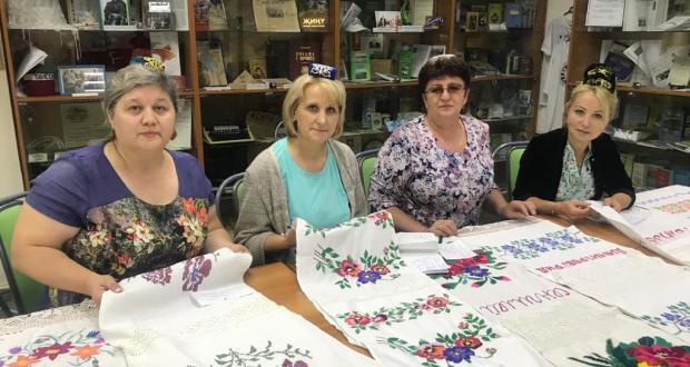 Ульяновск өлкәсендә милли бизәкле сөлге чигү буенча конкурска нәтиҗә ясалды