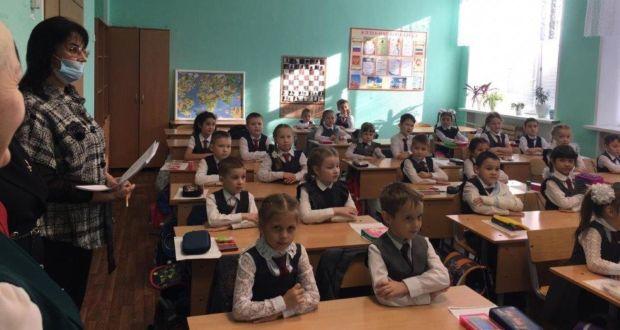 Педагоги казанской гимназии №20 поделились с экспертами опытом преподавания родных языков