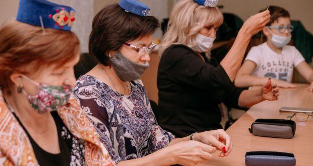 ФОТОРЕПОРТАЖ: Мастер-класс по вышивке лентами ушковым способом, в рамках фестиваля «Дни татарской культуры в Новосибирске»  ТУРЫ»