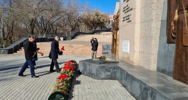 В Улан-Удэ почтили память Героя Советского Союза Акрама Валиева