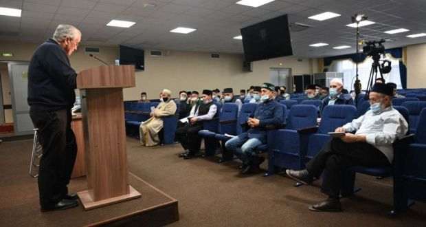 Имамы и казыи Татарстана проходят очередные курсы повышения квалификации