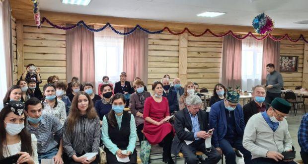 Данис Шакиров Туймазы һәм Шаран районнары татар җәмәгатьчелеге вәкилләре белән очрашты
