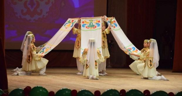 В Нурлате Год родных языков и народного единства стартовал с большого праздничного мероприятия