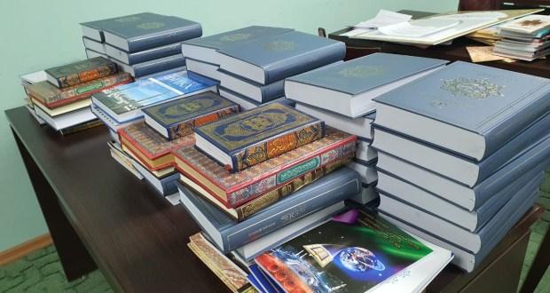 Komi Muslims Provided with Religious Literature