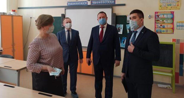 Самара шәһәренең 7 нче санлы мәктәбендә татар теле дәресләрен кертергә әзерләнәләр