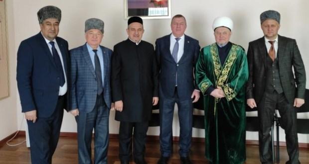 Казыю Юго-Западного региона Татарстана Инсафу хазрату Залалетдинову исполнилось 45 лет
