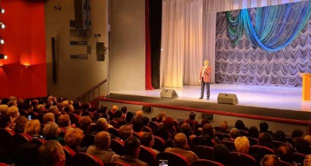 Васил Шәйхразыев Әстерхан шәһәрендә татар иҗтимагый оешмалары активы белән очрашты