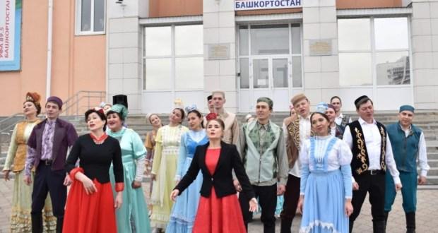 Уфаның «Нур» татар театры «Галиябану» һәм «Киң урамнар тар иде» спектакльләрен куя