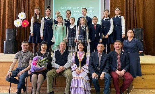 В челнинской школе прошла встреча с артистами театра имени Г.Камала
