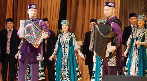 The State Song and Dance Ensemble of Tatarstan toured the cities of the Perm Territory and the Sverdlovsk Region