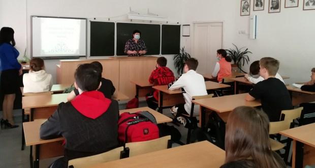 В Петрозаводске стартовал проект «Литература без границ: читаем национальных поэтов вместе»