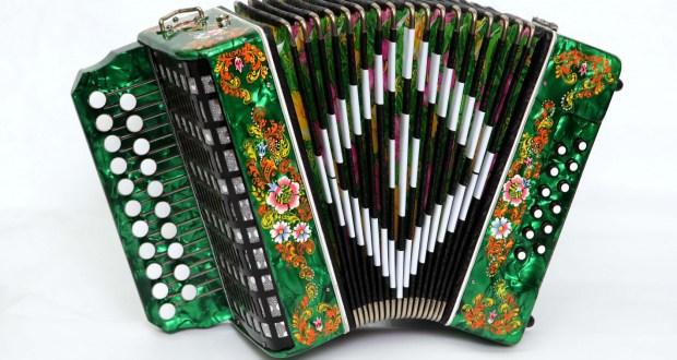 В Республике Марий Эл пройдет фестиваль «Уйнагыз, гармуннар!» («Играй, гармонь!»)
