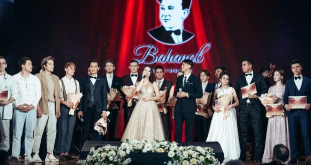 В Казани завершился XVII Международный фестиваль татарской песни им. Рашита Вагапова