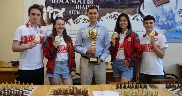 Сборная Республики Татарстан выиграла золотые медали второго этапа V летней Спартакиады молодежи по шахматам